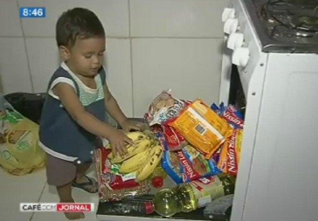 PMs decidem montar cesta básica para família de ladrão que roubou para alimentar bebê