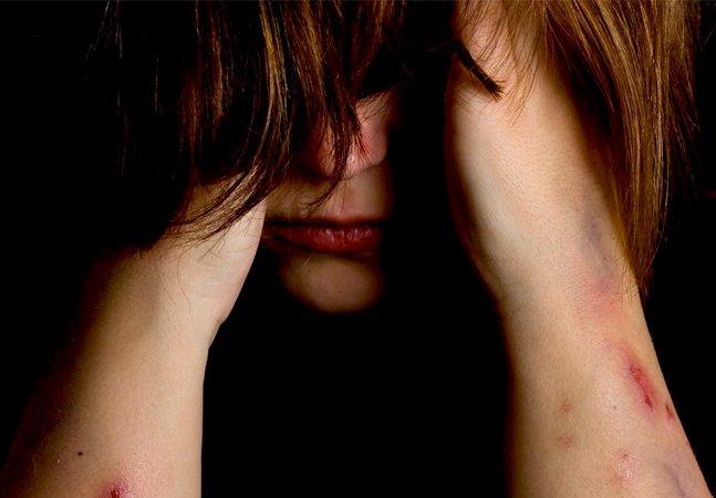 """""""Eu sou todas as mulheres"""": vítima de estupro conta em carta por que não precisa se identificar"""