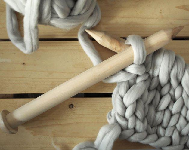 giant-super-chunky-wool-knitwear-blankets-anna-mo-11
