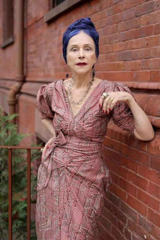 mulheres-acima-60-anos-cabelo-colorido
