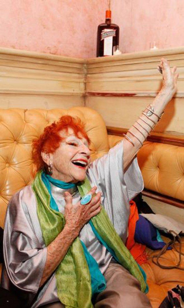 mulheres-acima-60-anos-cabelo-colorido_5