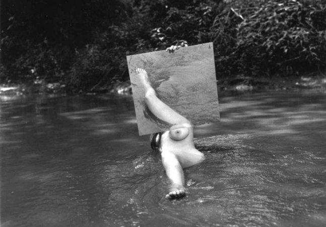 O nú femino surrealista de Hans Breder