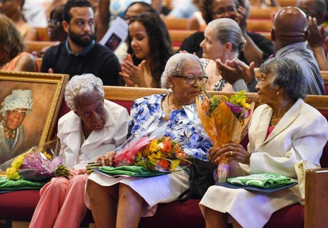 Essas senhoras celebrando juntas seu aniversário de 100 anos vão te fazer querer viver mais e mais