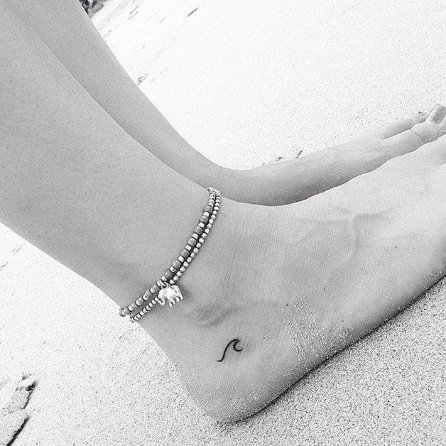tiny-foot-tattoo-ideas-5-5750157784467__605