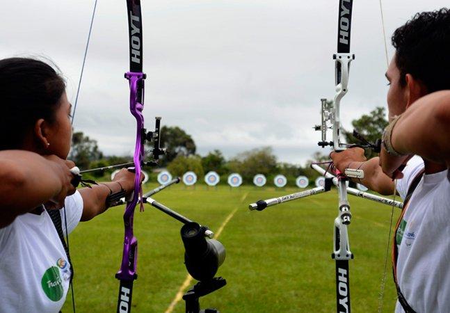 A habilidade dos índios  brasileiros com o arco e flecha  faz nascer atletas olímpicos