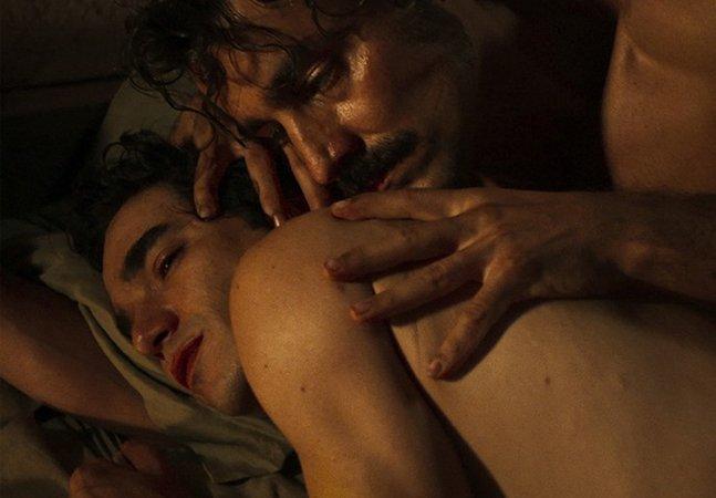 Globo exibe (enfim) a primeira cena de sexo entre dois homens da TV brasileira