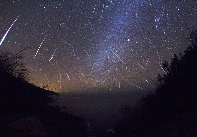 Chuva de meteoros entre os dias 28  e 29 de julho será transmitida ao vivo
