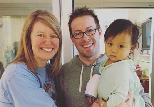Essa bebê foi despachada por FedEx para que sua vida fosse salva