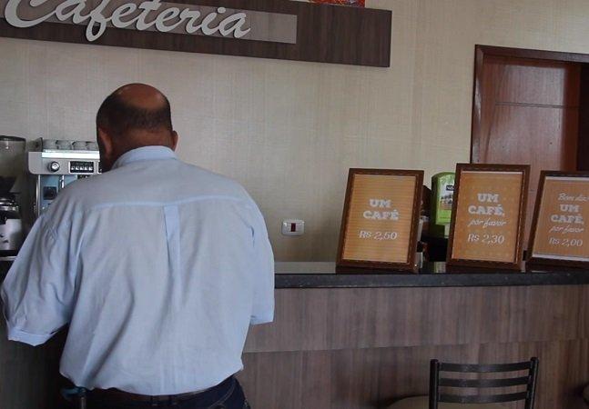 Lanchonete dá desconto no café para quem diz 'por favor'