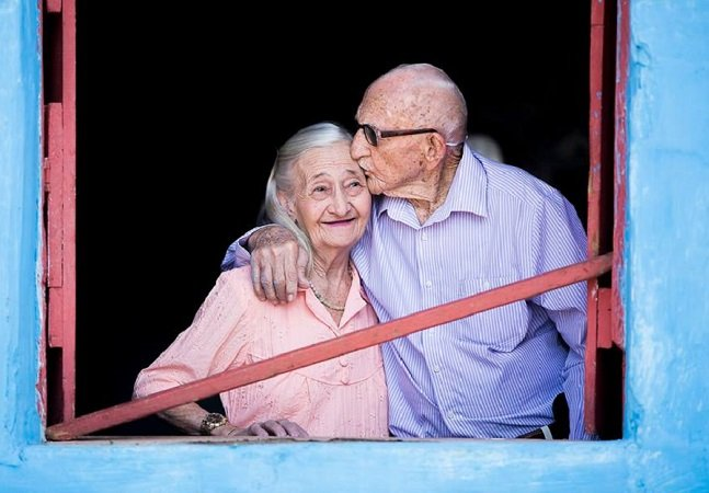 Álbum de 65 anos de casamento dessa dupla cearense prova que amor duradouro ainda é possível