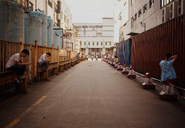 Série de fotos mostra como é o interior de uma fábrica de iPhones