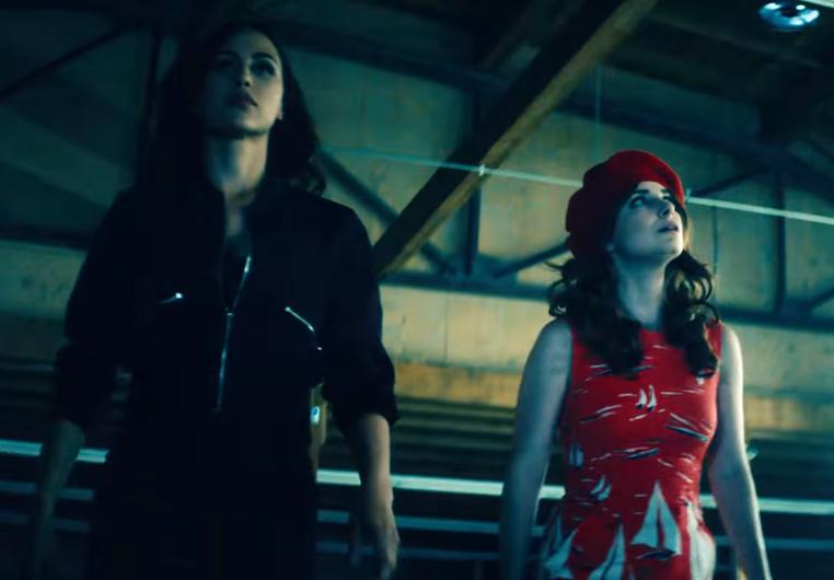 Vídeo ácido satiriza estereótipos de personagens femininas no cinema