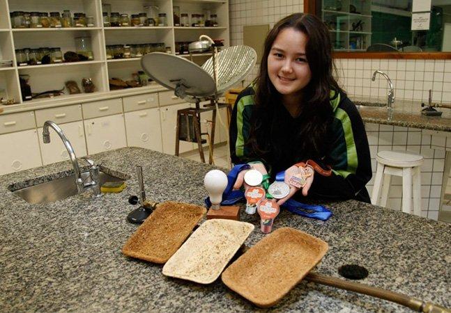 Brasileira de 17 anos cria embalagem sustentável que substitui o isopor