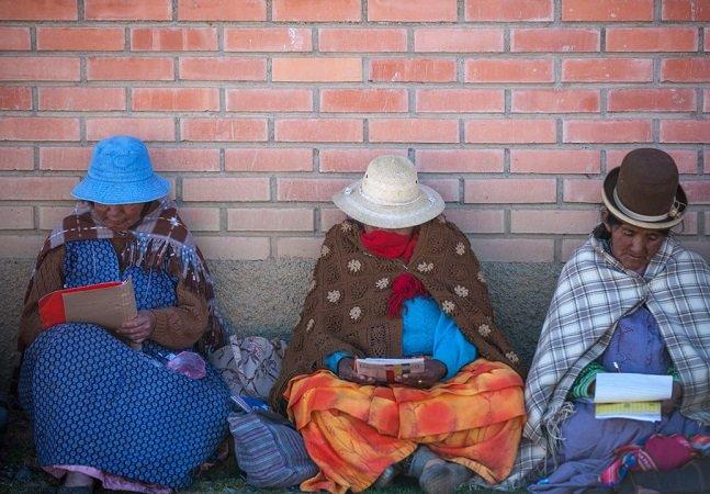 Conheça o projeto que tornou a Bolívia um país livre do analfabetismo