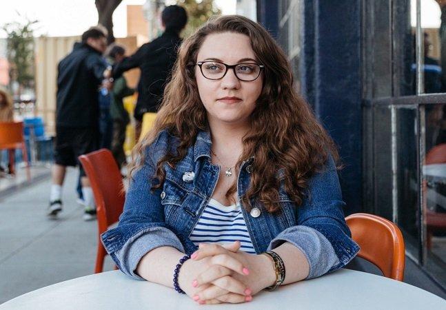 A carta aberta que causou a  demissão desta jovem é uma realidade  para a maioria dos jovens profissionais