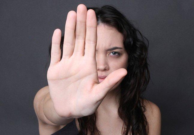 Deputada dá declaração polêmica justificando violência contra a mulher