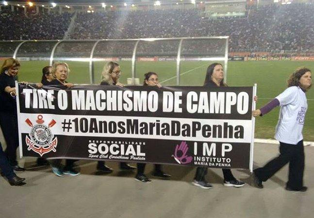 Torcedoras do Corinthians  lançam campanha pelo fim  do machismo no futebol
