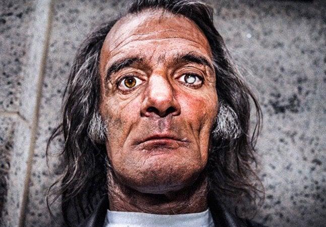 A maravilhosa história do homem que aprendeu a fotografar na prisão e hoje tem um estilo único