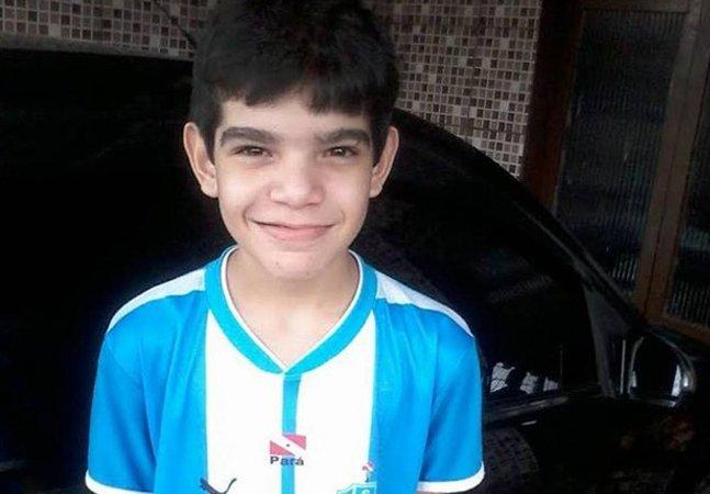 Menino de 12 anos que morreu após espancamento em colégio pode ter sido vítima de bulling