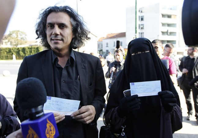 Este homem está pagando as multas de mulheres que usam 'burkinis' na França