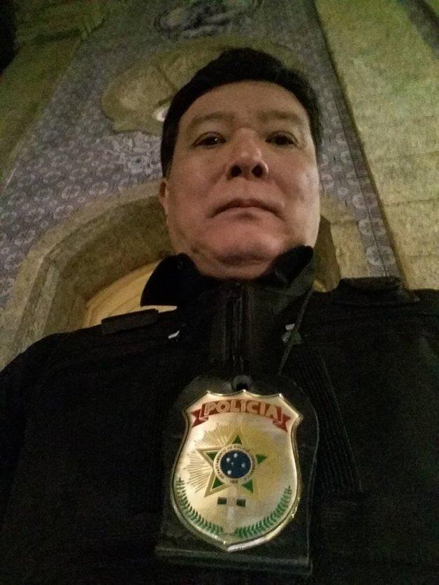 O ator Carlos Takeshi, em participação na novela 'Haja Coração' inspirada no japonês da federal