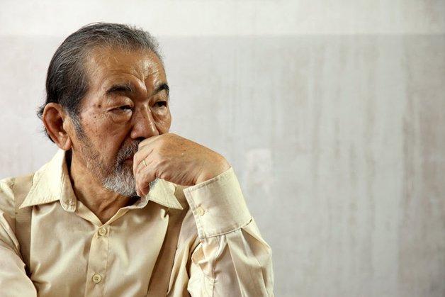 """O ator Ken Kaneko no filme """"Corações Sujos"""""""