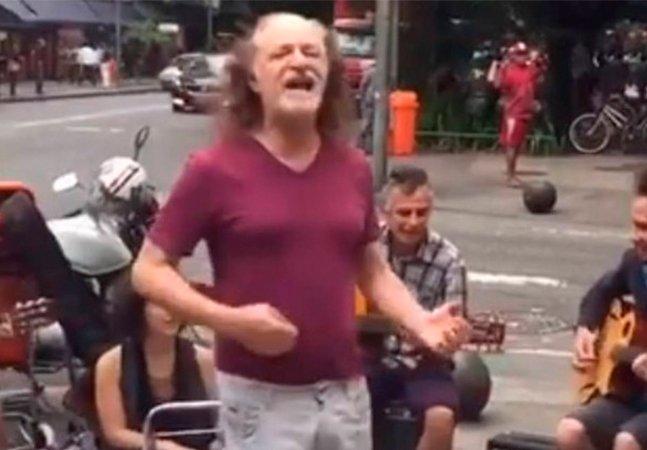 Alceu Valença surpreende no Rio e canta Anunciação com músicos de rua
