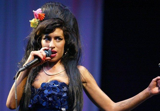 Fundação Amy Winehouse cria clínica de reabilitação gratuita para mulheres
