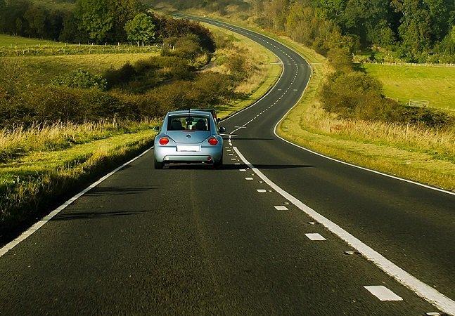 Alemanha pretende tirar carteira de motorista de pais que não paguem pensão