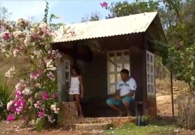 Pai constrói abrigo pra filha não pegar chuva enquanto espera pelo ônibus escolar em Tocantins