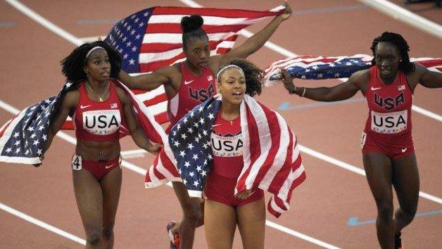 ct-afp-getty-panam2015-canada-athletics-womens-4x-20150808