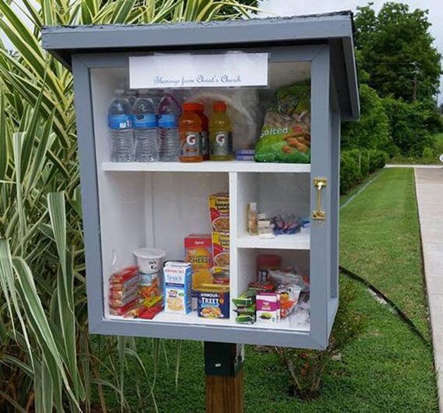 free-little-pantry-feed-homeless-poor-jessica-mcclard-10-1