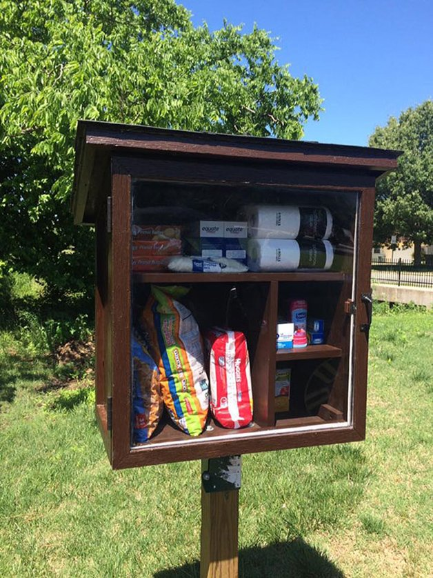 free-little-pantry-feed-homeless-poor-jessica-mcclard-2-1
