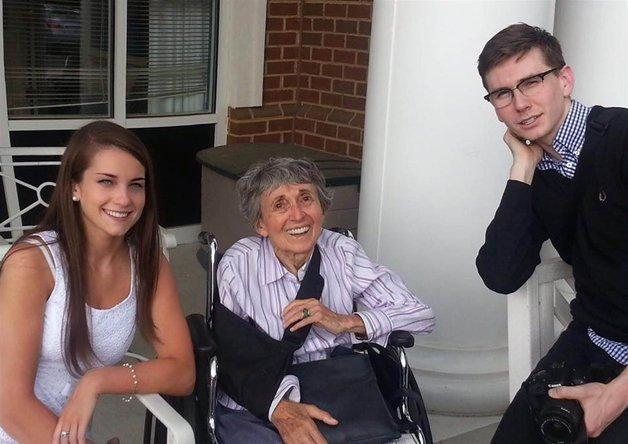 Greta com os netos, em foto recente
