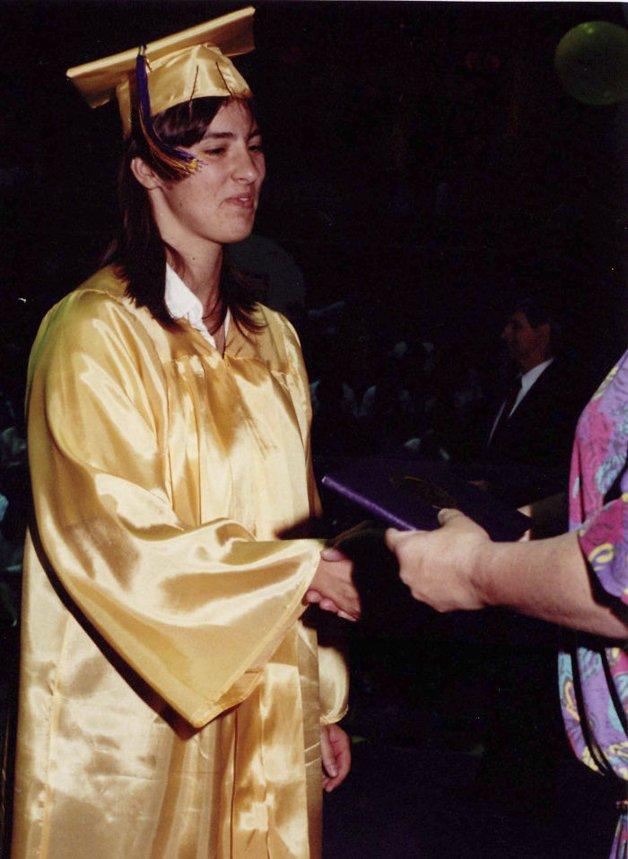 1990 – Formatura da escola
