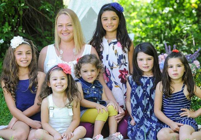 Esta mãe solo adotou 6 irmãs para que elas não vivessem separadas