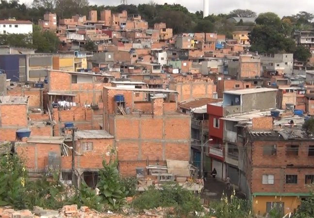 Estudo conclui que o morador do Alto de Pinheiros vive em media 25 anos a mais que o de Cidade Tiradentes