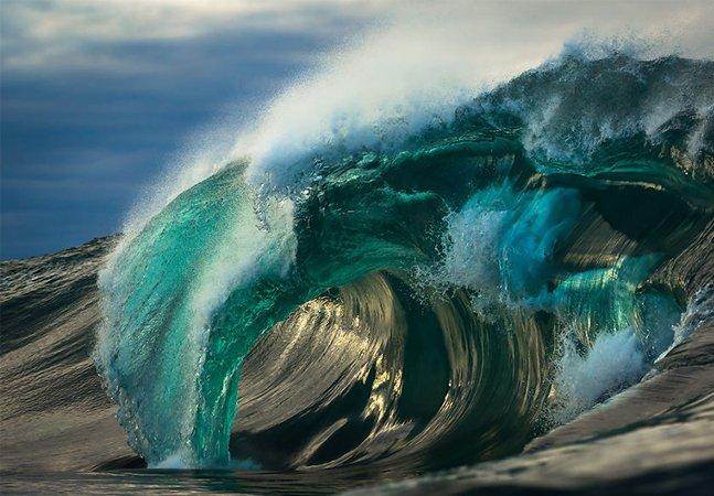 Ele passou seis anos fotografando o mar e seus humores
