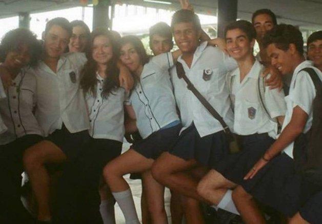 Colégio Pedro II, no Rio de Janeiro, abole a distinção por gênero em seu uniforme