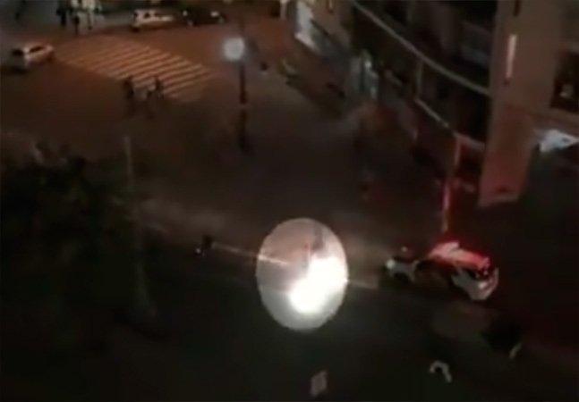Vídeo mostra viatura da polícia atropelando manifestante intencionalmente em São Paulo