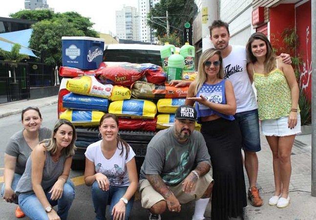 Casal brasileiro decide substituir presentes de casamento por doações pra animais abandonados