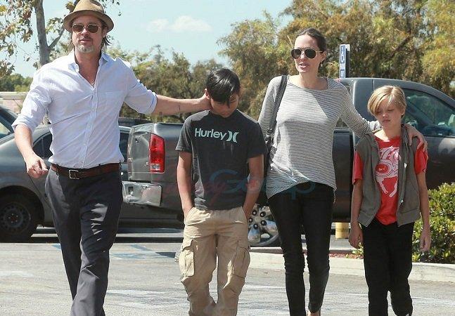 Brad Pitt e Angelina Jolie apoiam a decisão da filha de mudar para um nome masculino