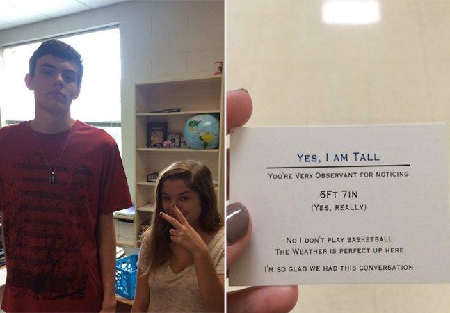 Adolescente super alto cria cartão visitas para dar um 'xablau' em quem pergunta quanto ele mede