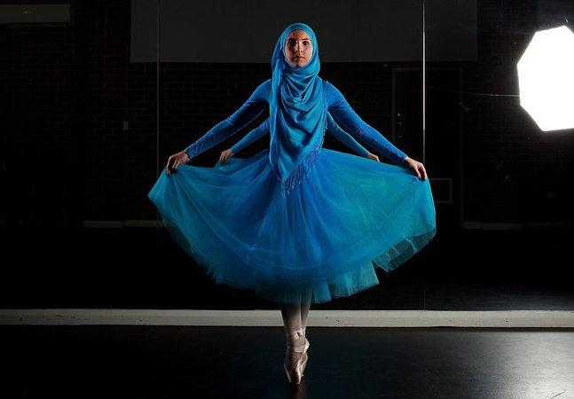 Fotografias captam a leveza e a força da primeira bailarina de hijab do mundo