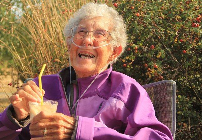 Morre (feliz) aos 91 anos a senhora que trocou a quimioterapia por um ano na estrada
