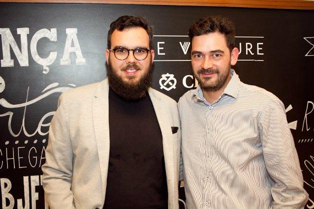 Onício Leal, vencedor da etapa Brasil, e Oscar Mendez, vencedor do The Venture 2015