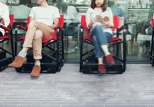 """Estas cadeiras autônomas """"organizam"""" filas e vão tornar seus tempos de espera muito melhores"""