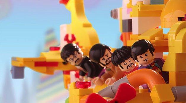 beatles-yellow-submarine-lego-1-57ffb7a253058__880
