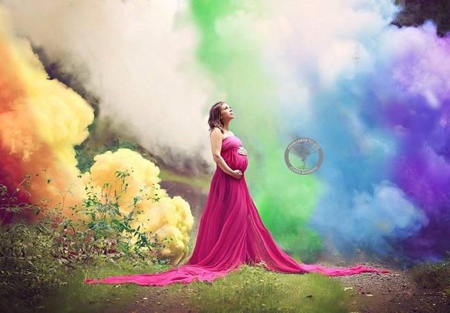 Depois de sofrer 6 abortos, ela fez este lindo ensaio para celebrar a chegada de seu 'bebê arco-íris'