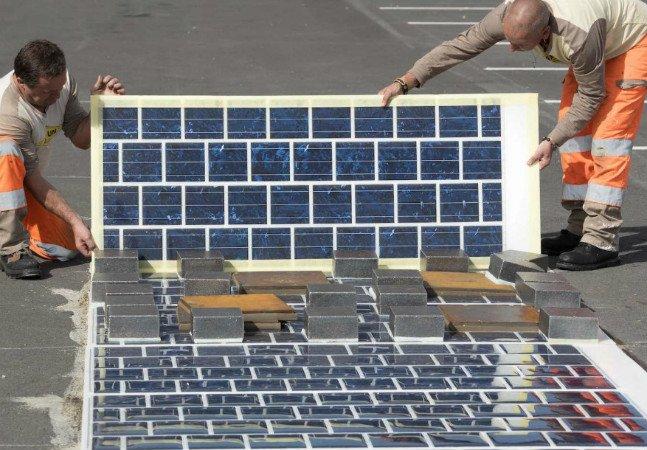 França vai pavimentar mil quilômetros de estrada com painéis solares